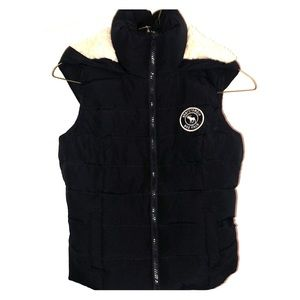Abercrombie kids sherpa-lined puffer vest